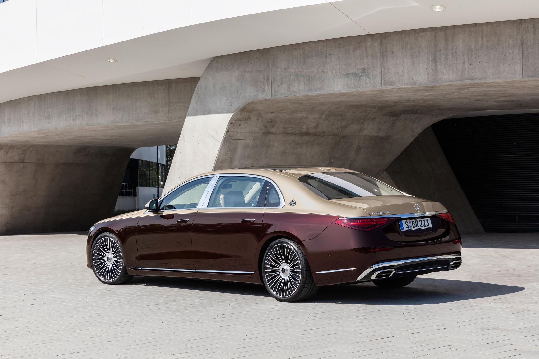 Duo Tone Mercedes-Maybach S-Class