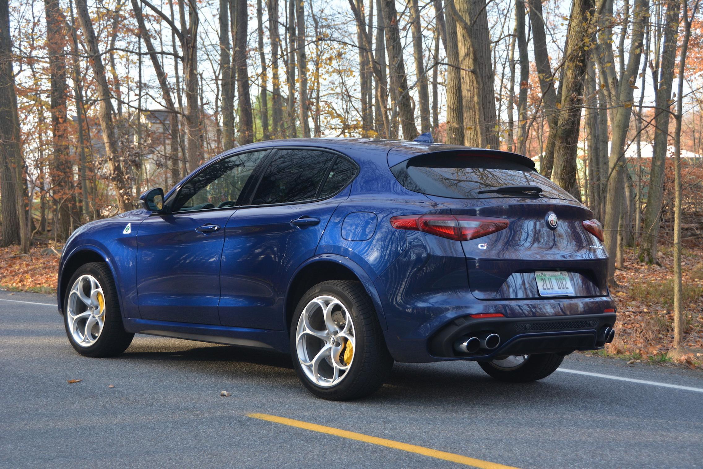 Alfa Romeo Stelvio QV Blue