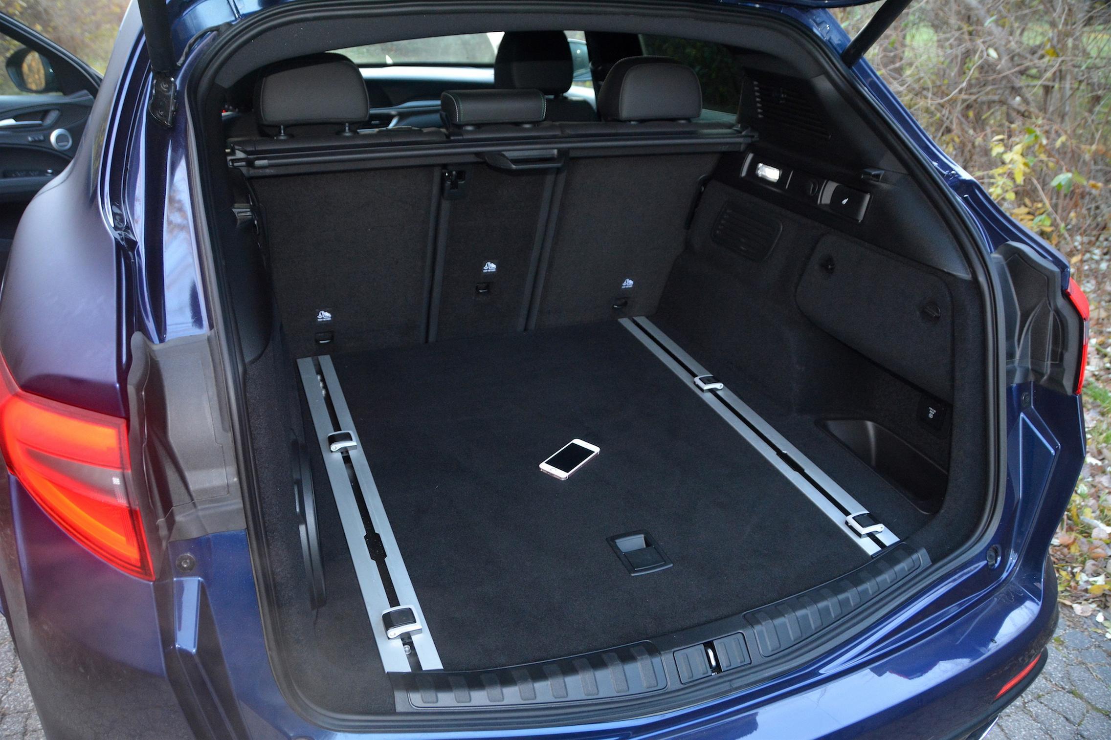 2020 Alfa Romeo Stelvio QV Trunk