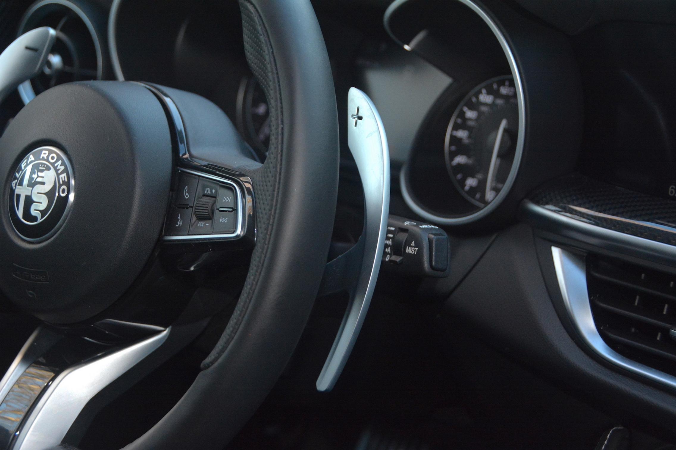 Alfa Romeo Stelvio QV Shift Paddles