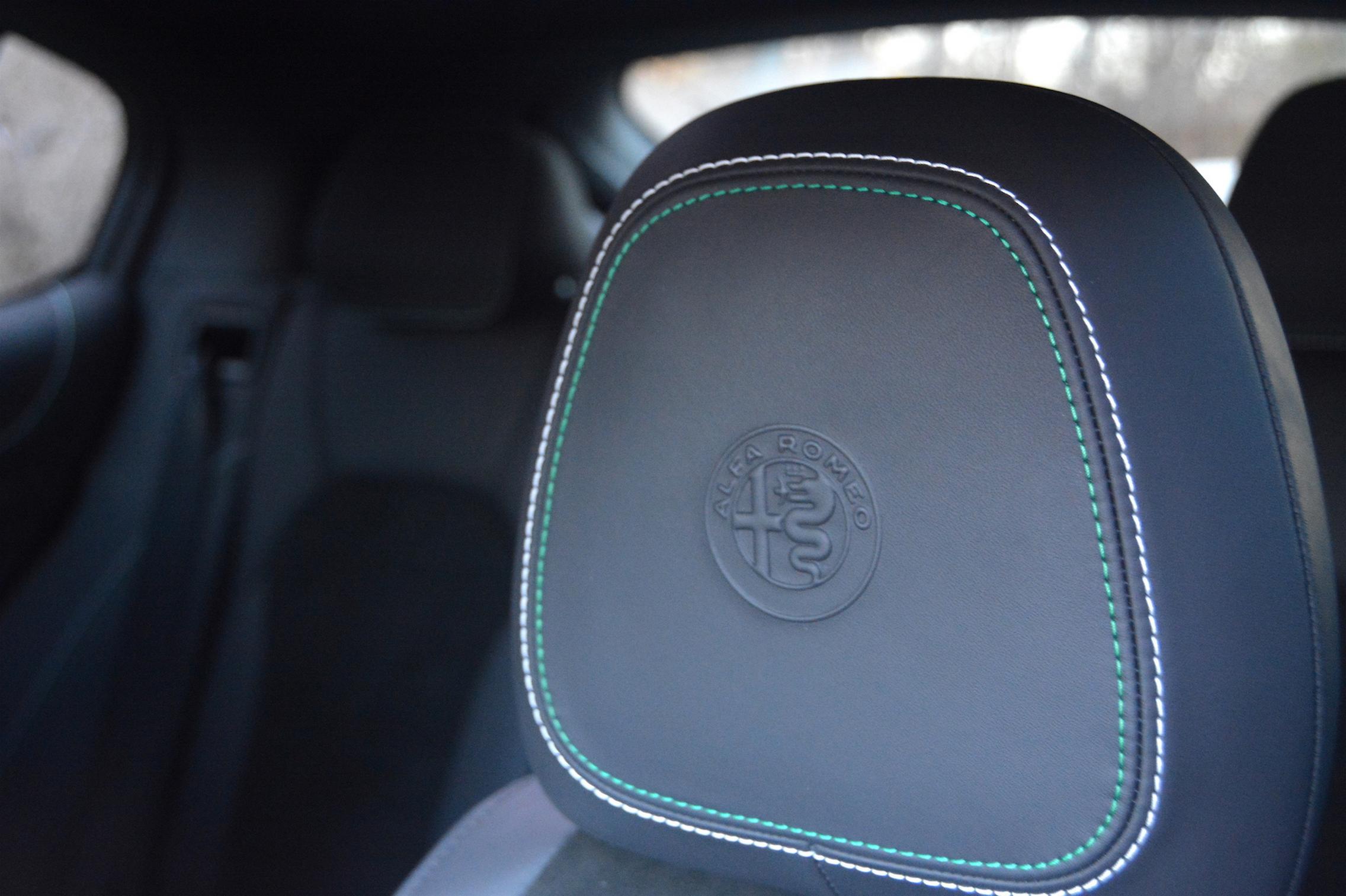 Alfa Romeo Stelvio QV Headrest
