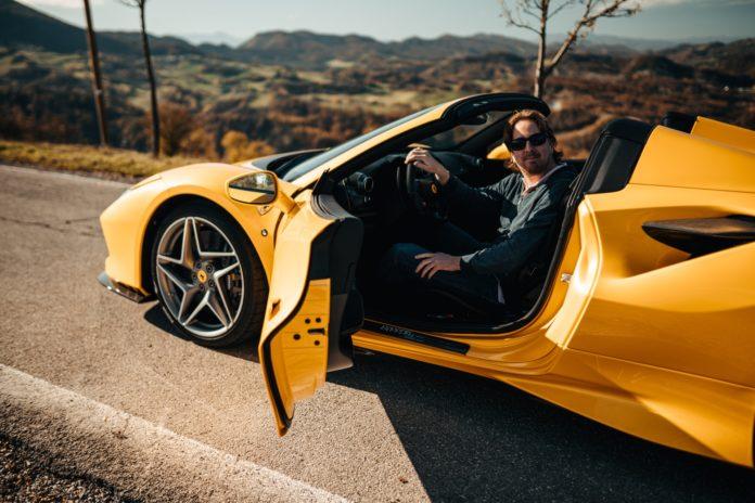Ferrari F8 Spider Des