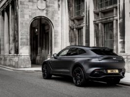 Black on Black Aston Martin DBX