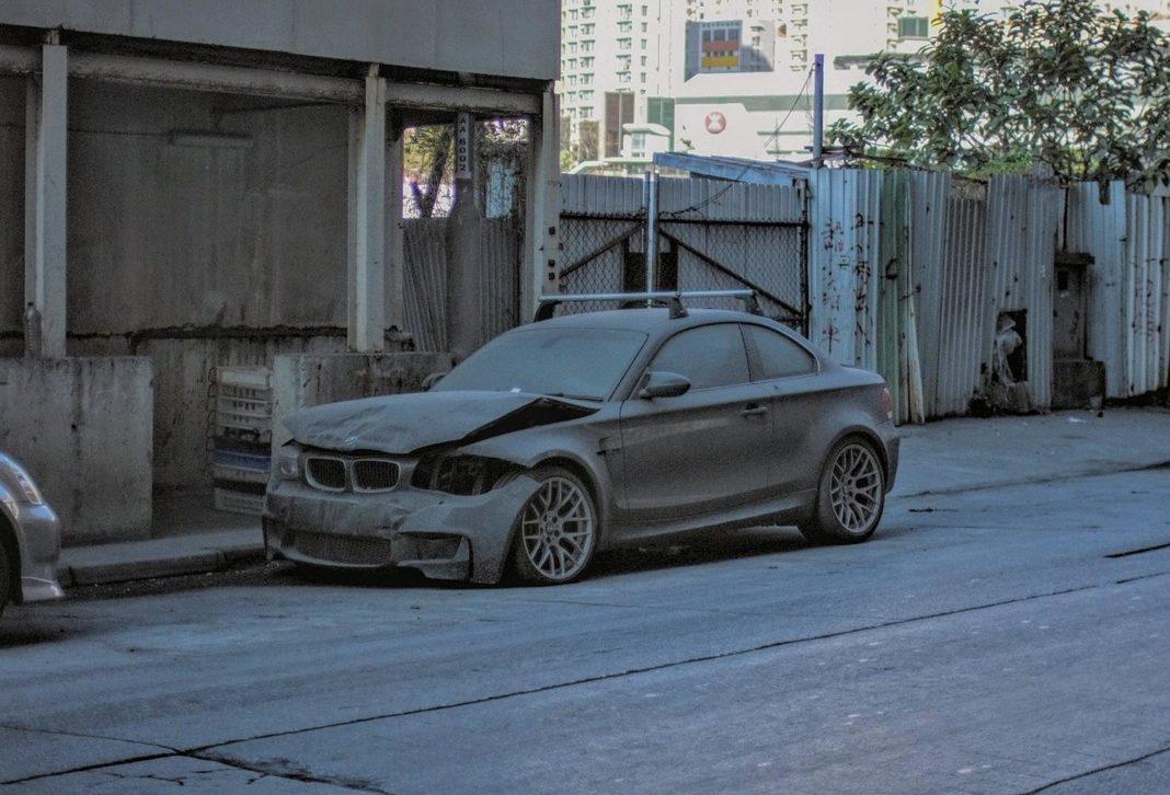 Abandoned-BMW-1M-Coupe