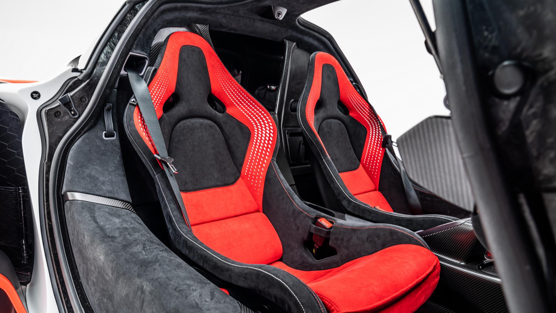 McLaren Sabre interior