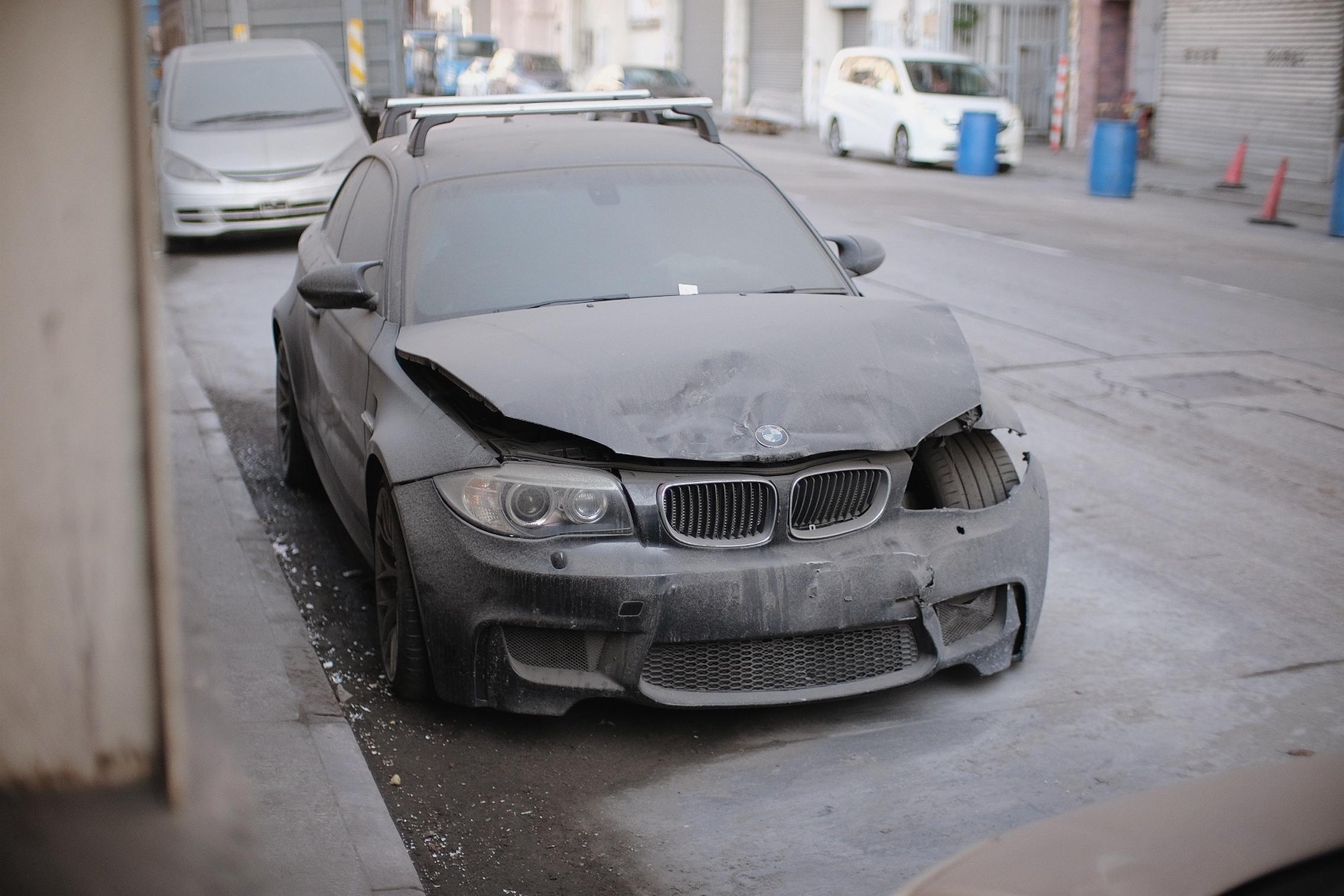 Wrecked-BMW-1M-Coupe