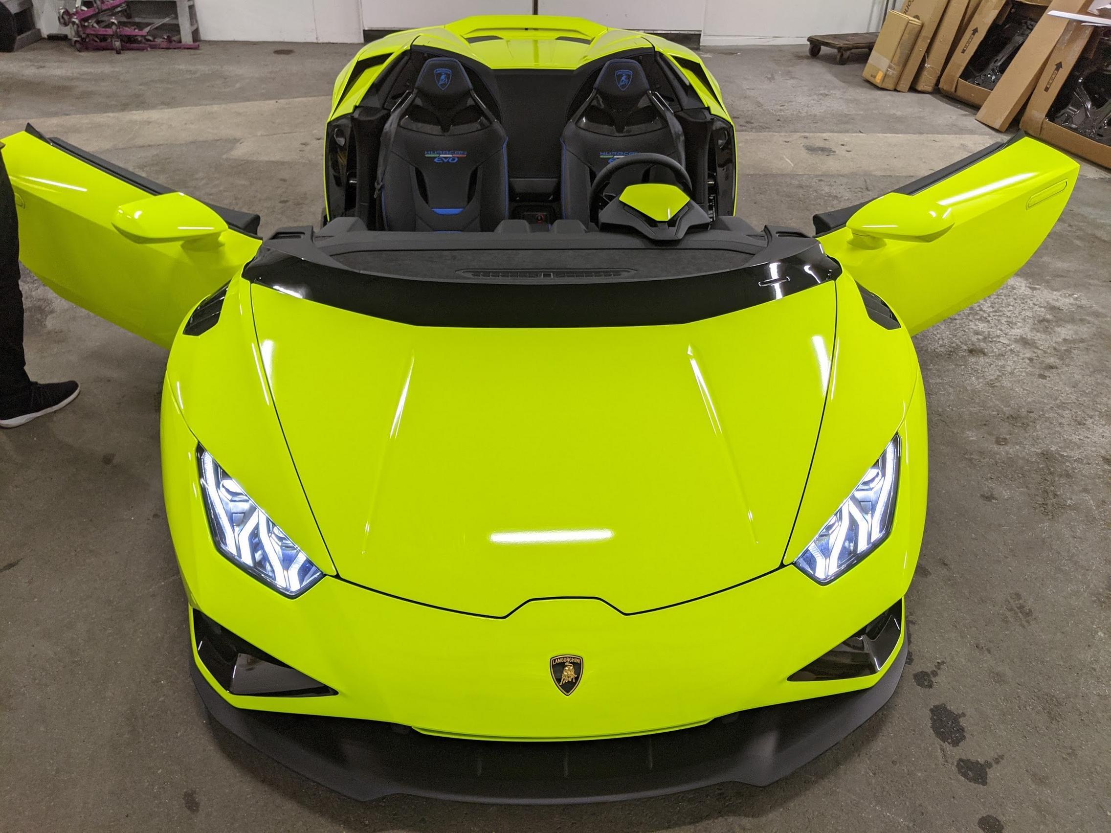 Yellow Wrap Lamborghini
