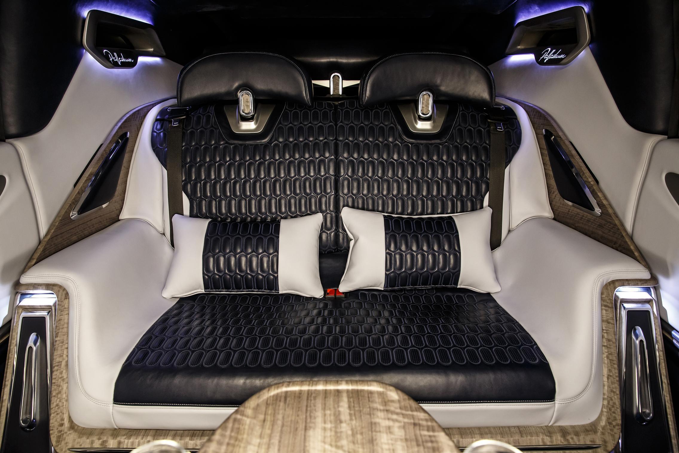 Aznom Palladium rear seats