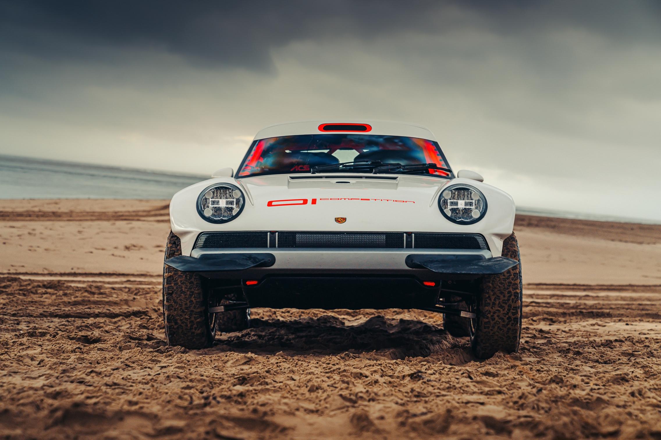 Singer-Tuthill Porsche 911 Safari front