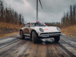 Porsche 911 Safari rallying