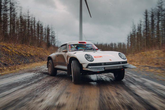 Porsche 911 Safari rallying