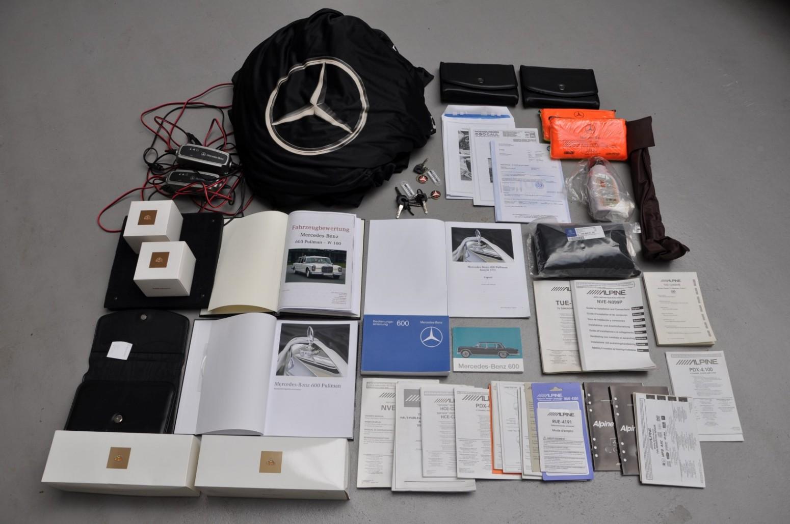Mercedes-Benz 600 Pullman docs
