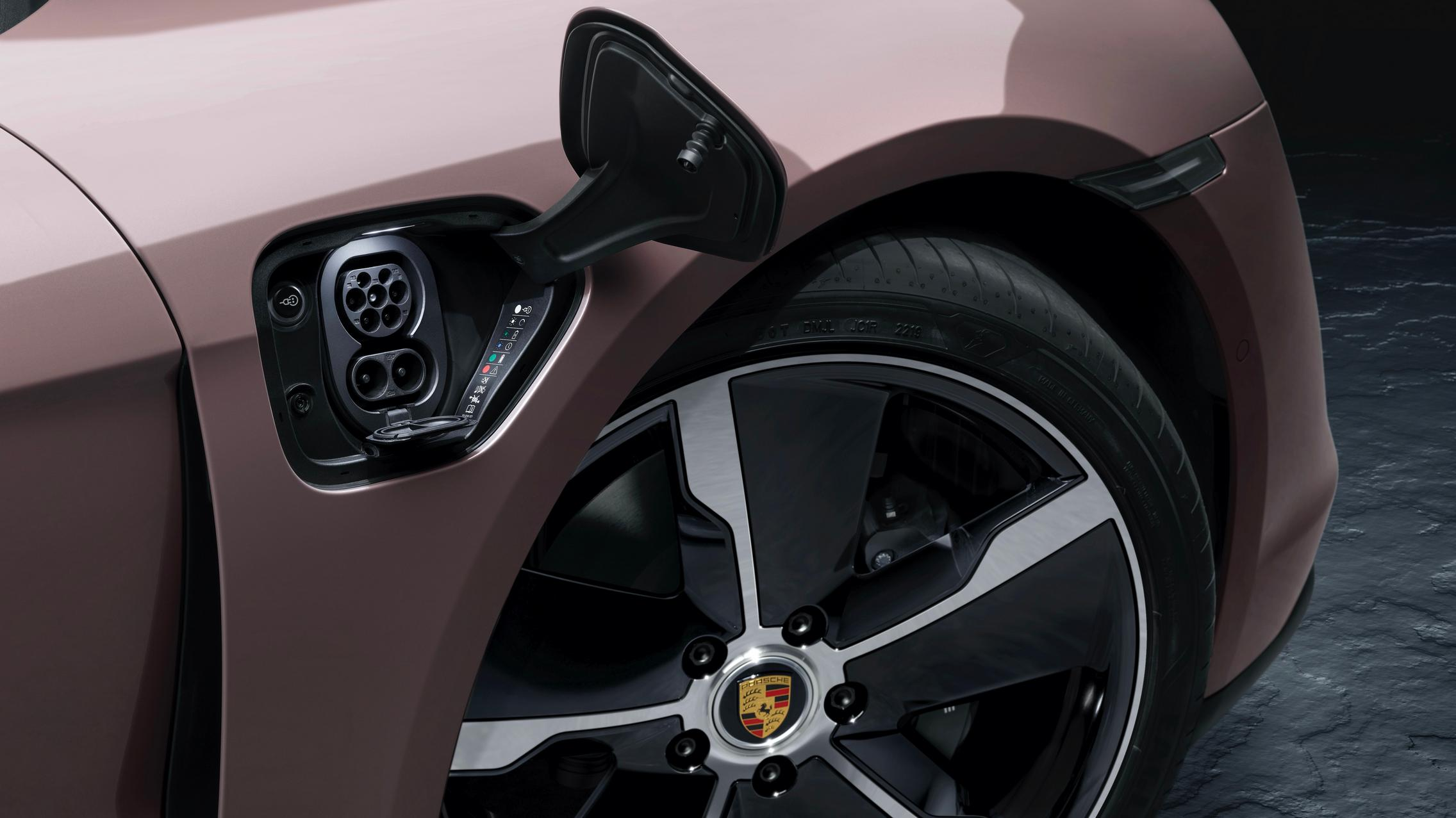 Porsche Taycan RWD charging port