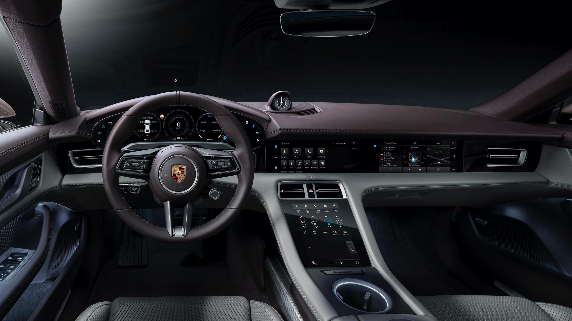 Porsche Taycan RWD interior