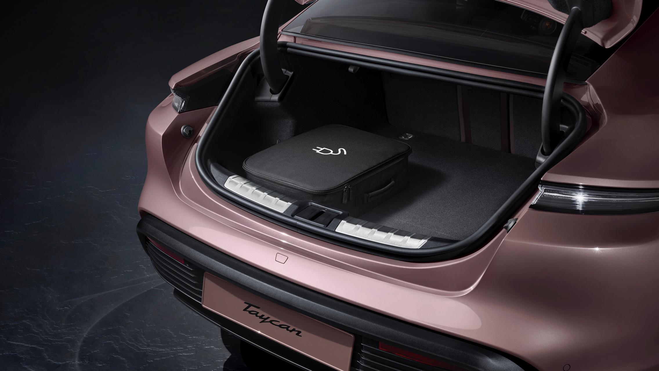 Porsche Taycan RWD trunk