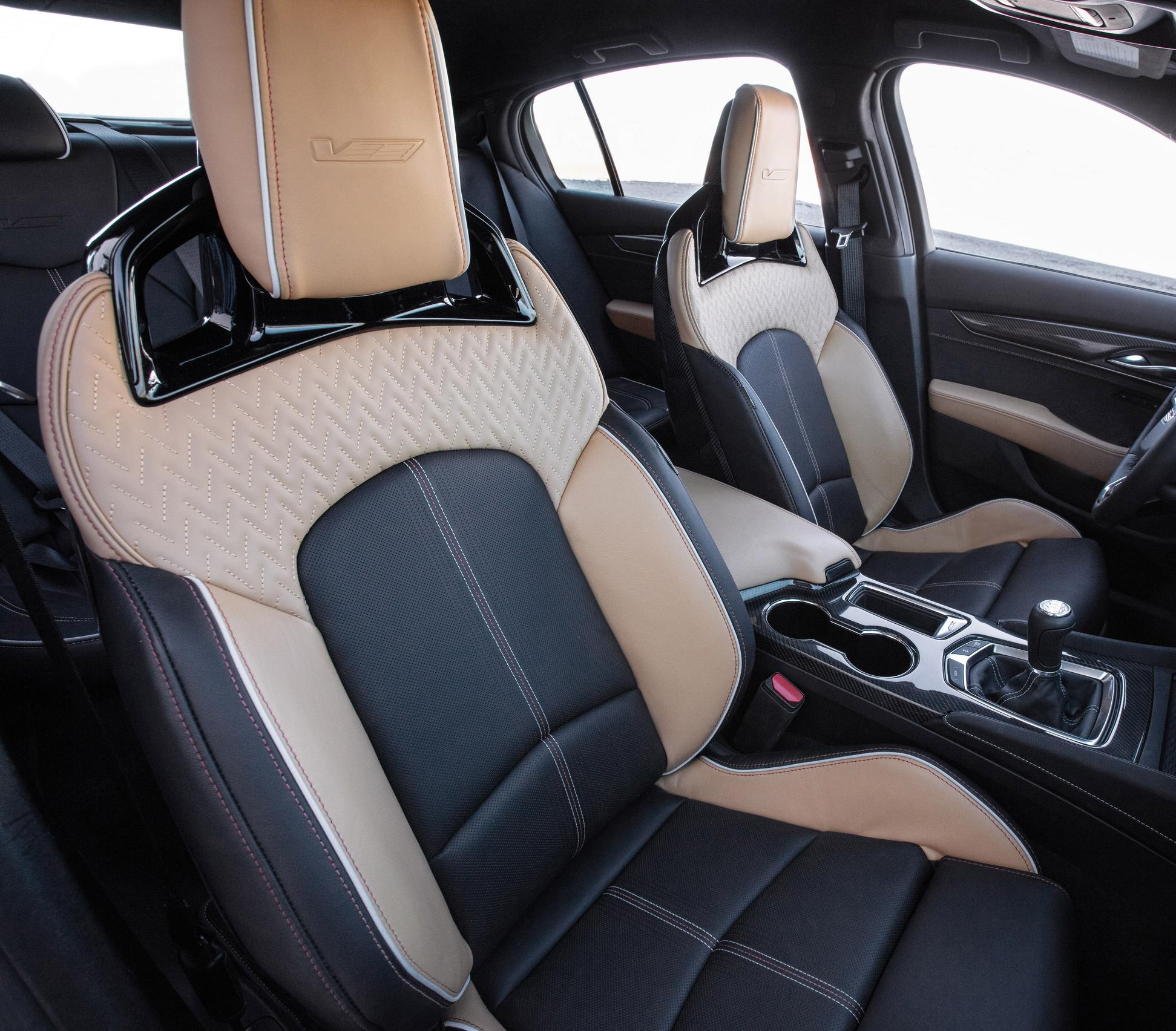 2022 Cadillac CT5-V Blackwing seats