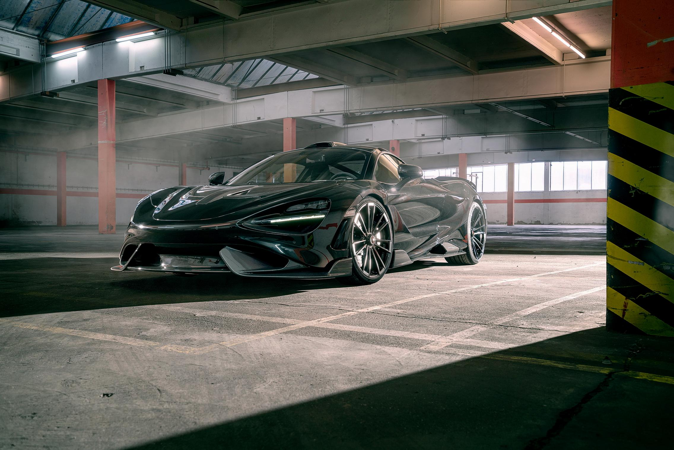 Black Novitec McLaren 765LT