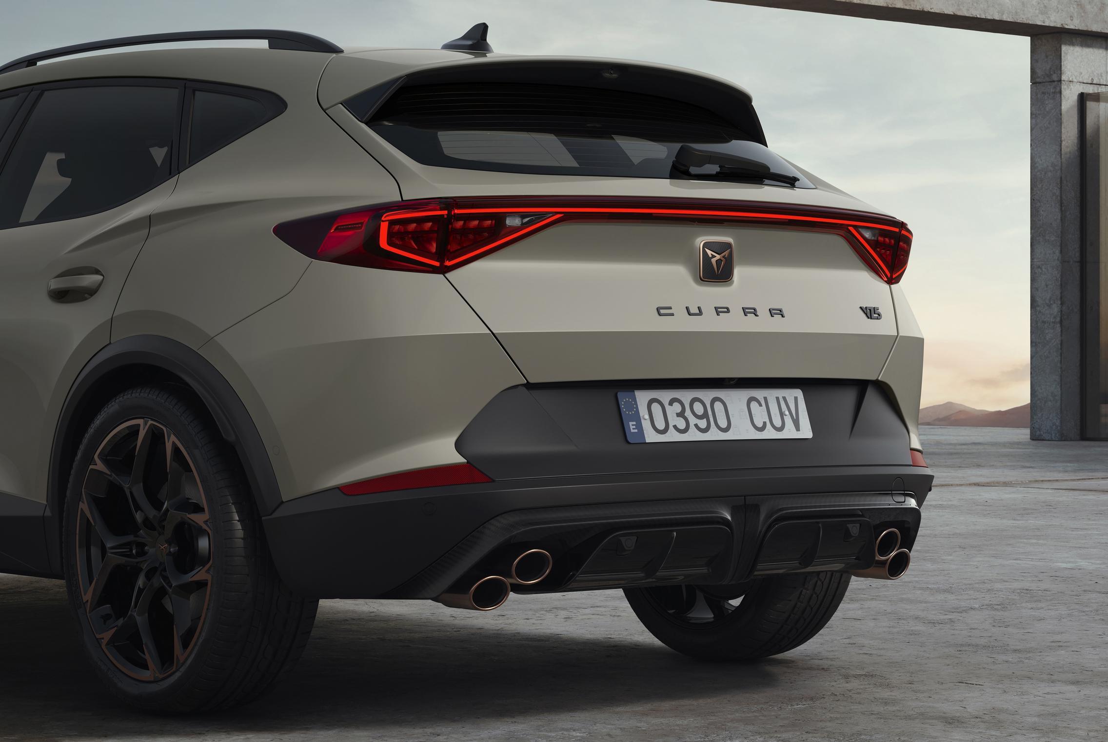 Cupra Formentor VZ5 rear lights