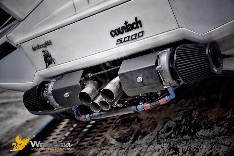 Lamborghini Countach Replica exhaust v8