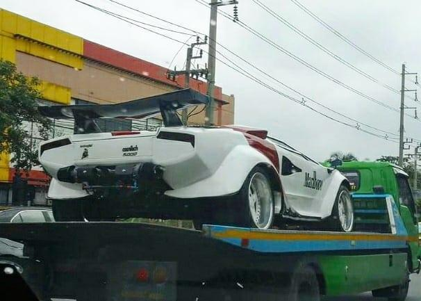 Lamborghini Countach Replica trailer