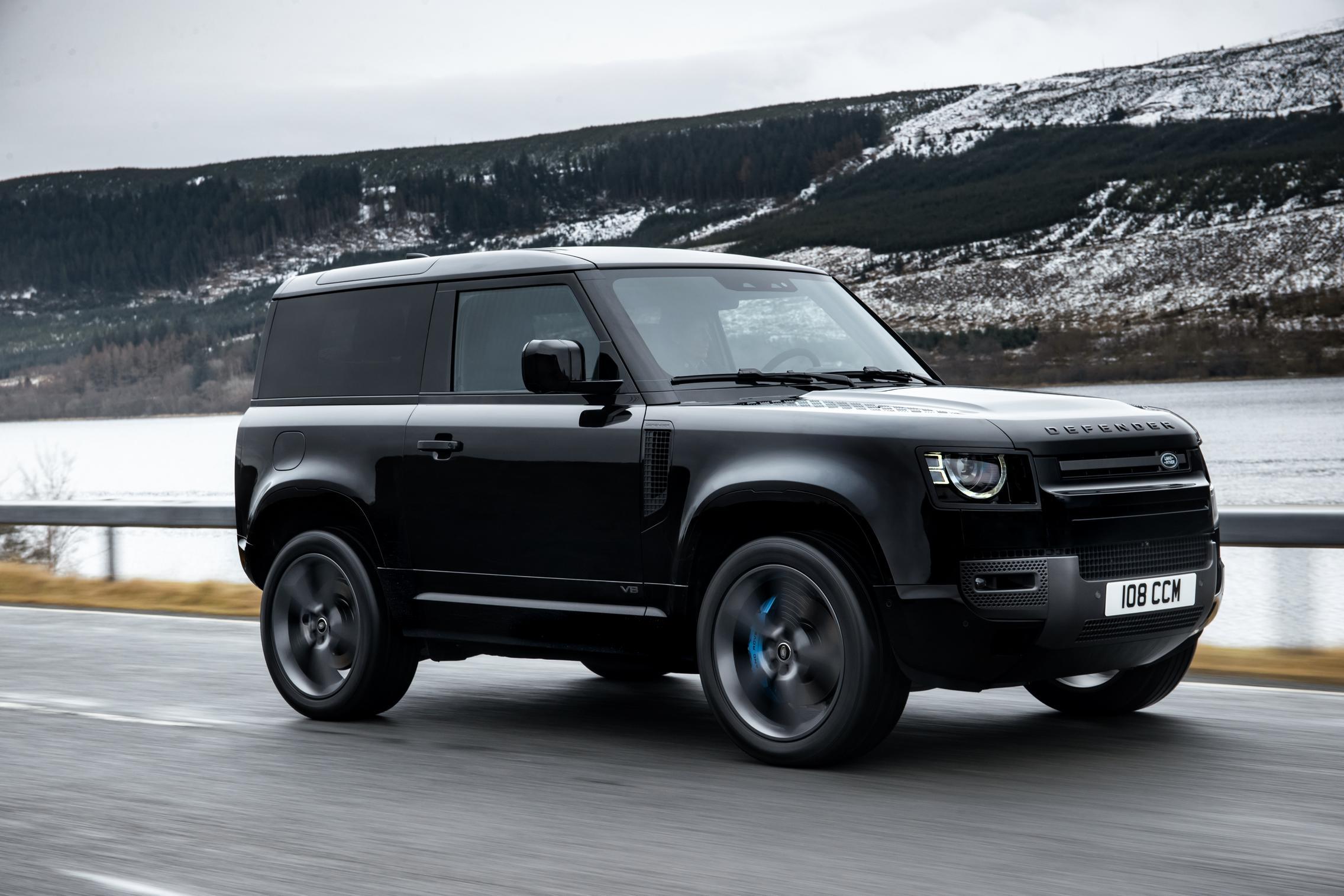 Land Rover Defender 90 V8 side