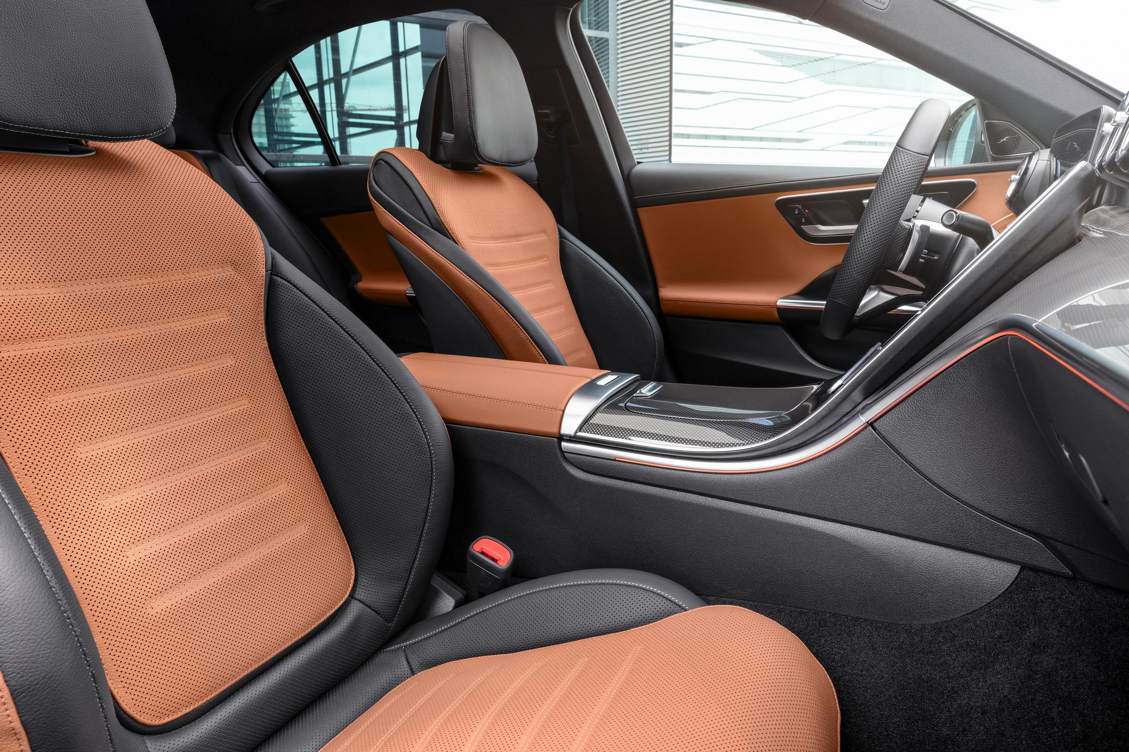 New-W206-C-Class-brown-seats