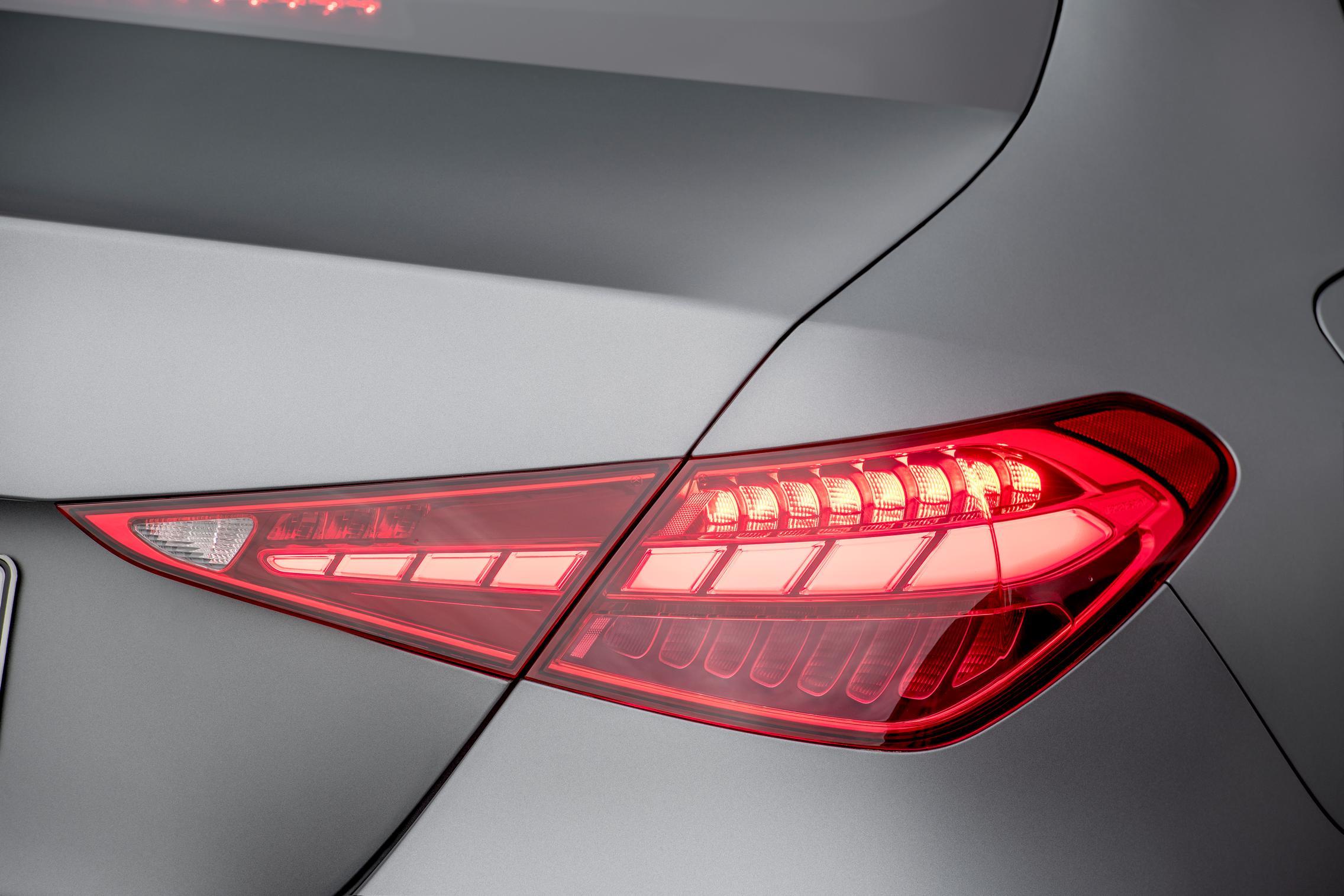 New-W206-C-Class-rear-light