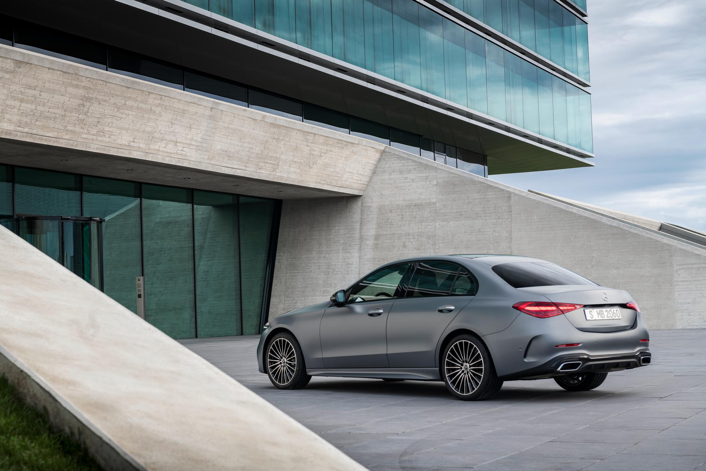 New-W206-C-Class-rear-side-view