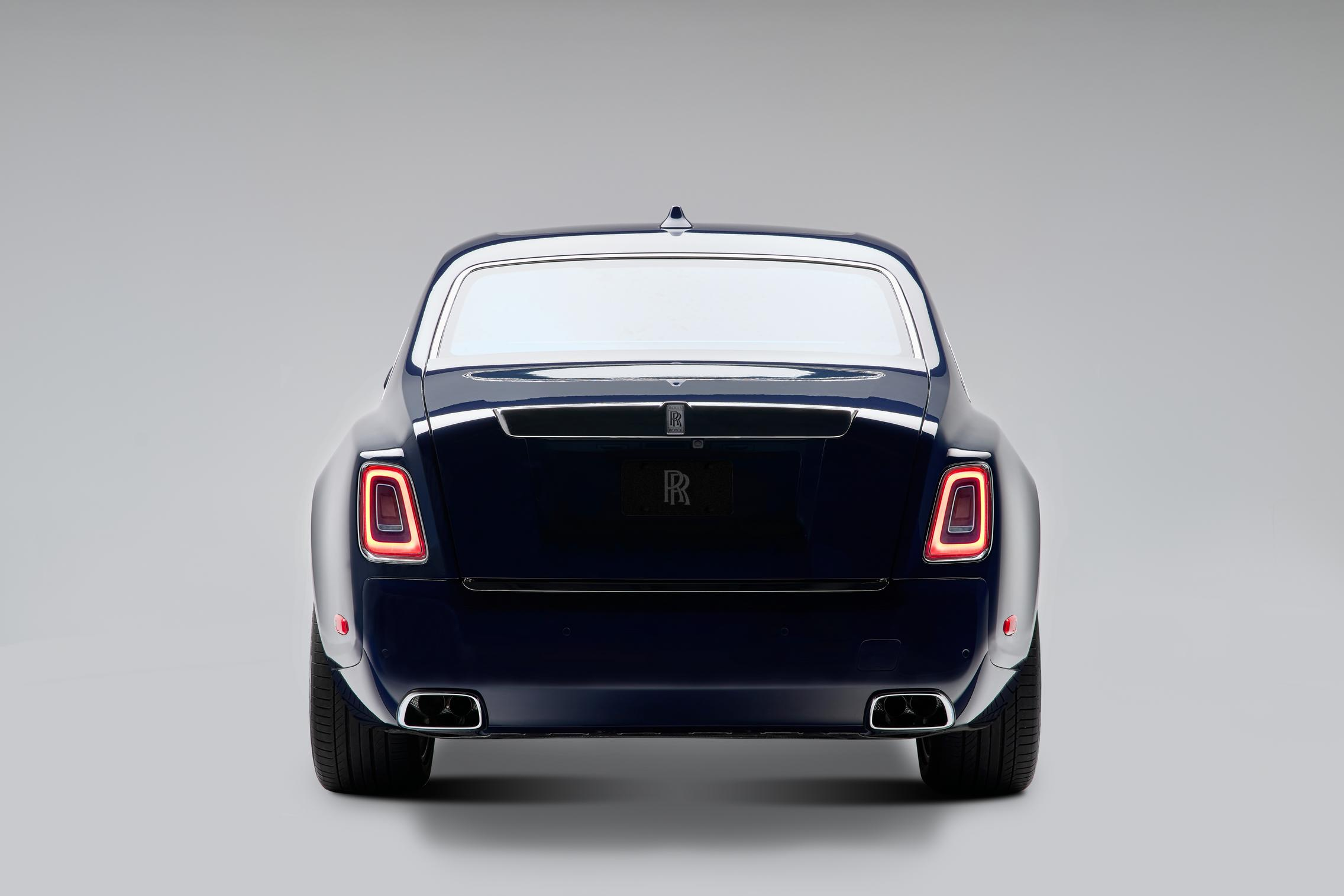 Rolls-Royce Phantom rear