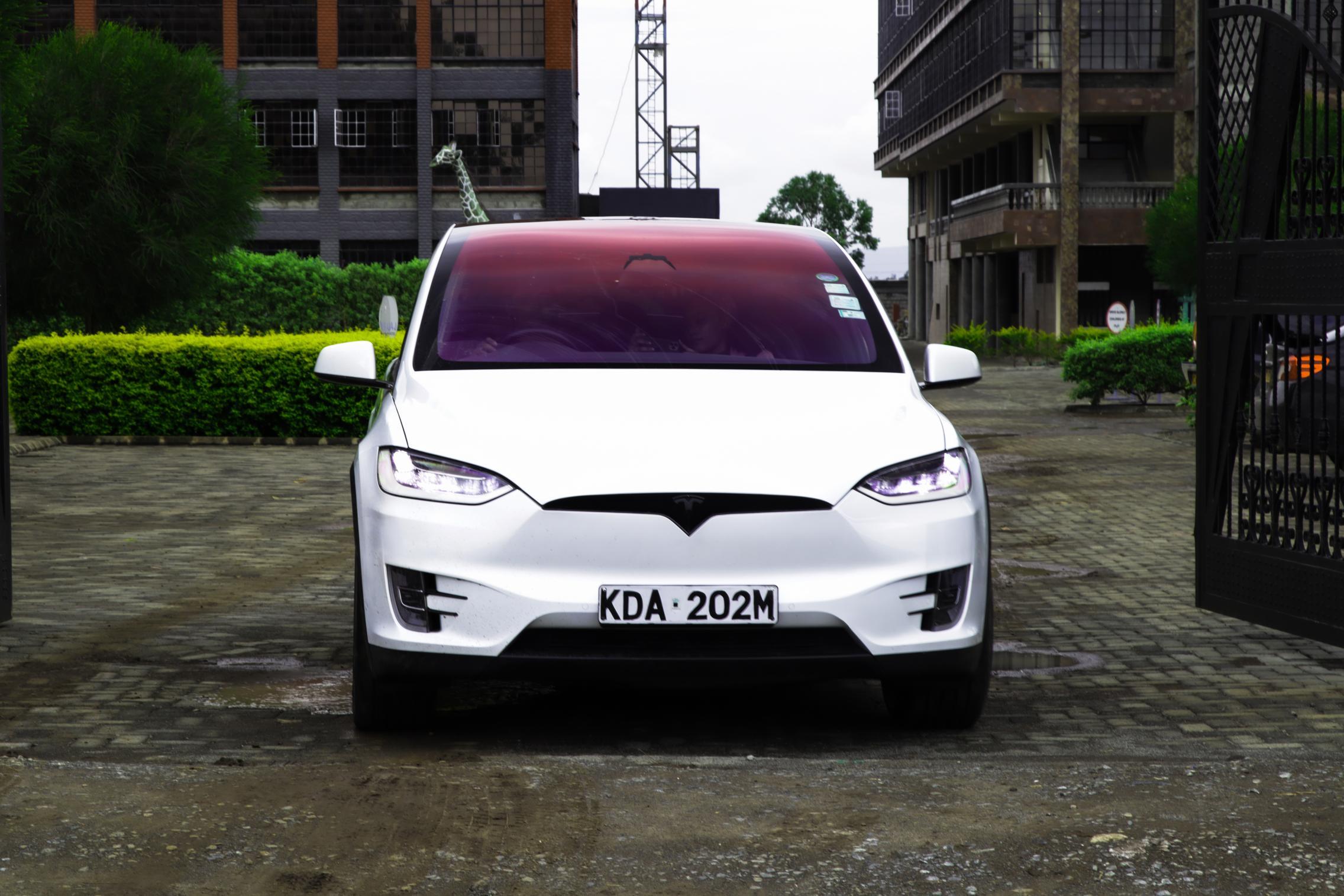 Telsa Model X headlights