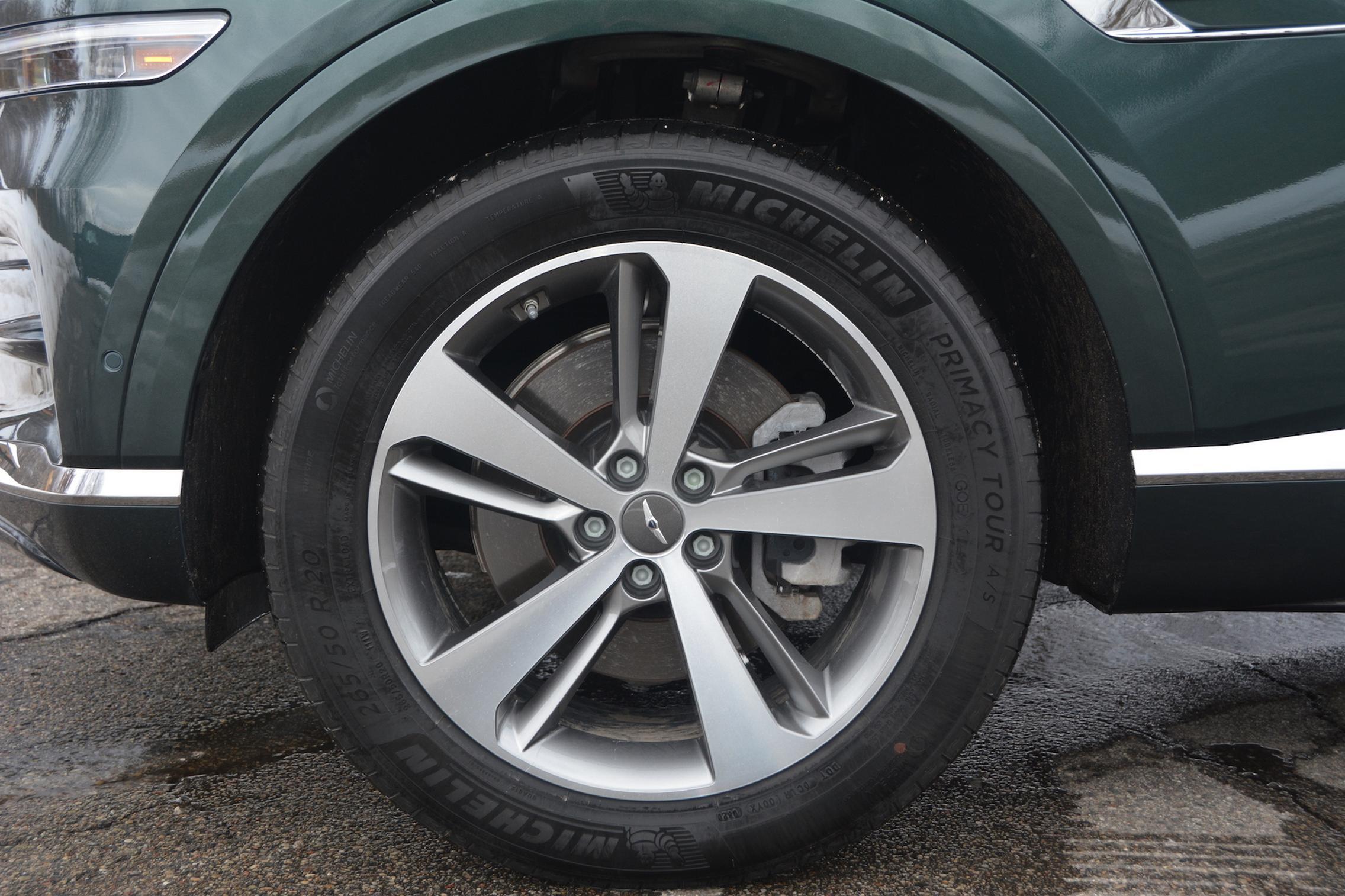 2021 Genesis GV80 wheels