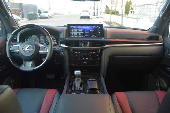 2021 Lexus LX570 interior