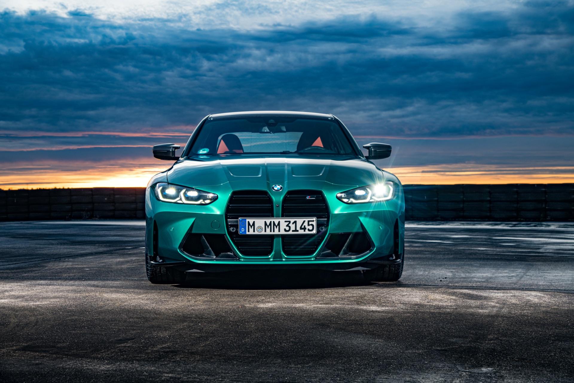 2022 BMW M3 front