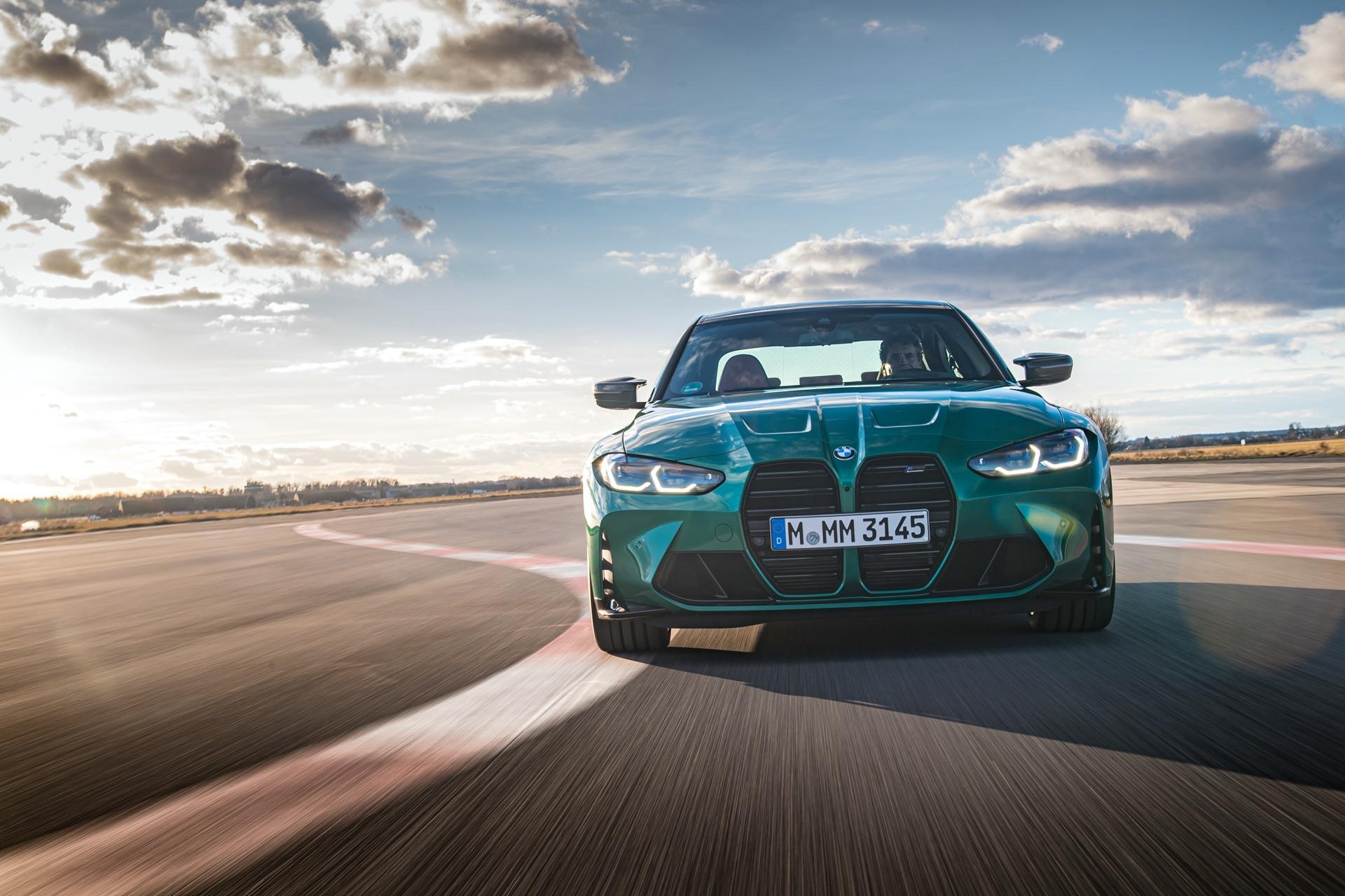 2022 BMW M3 wallpaper green