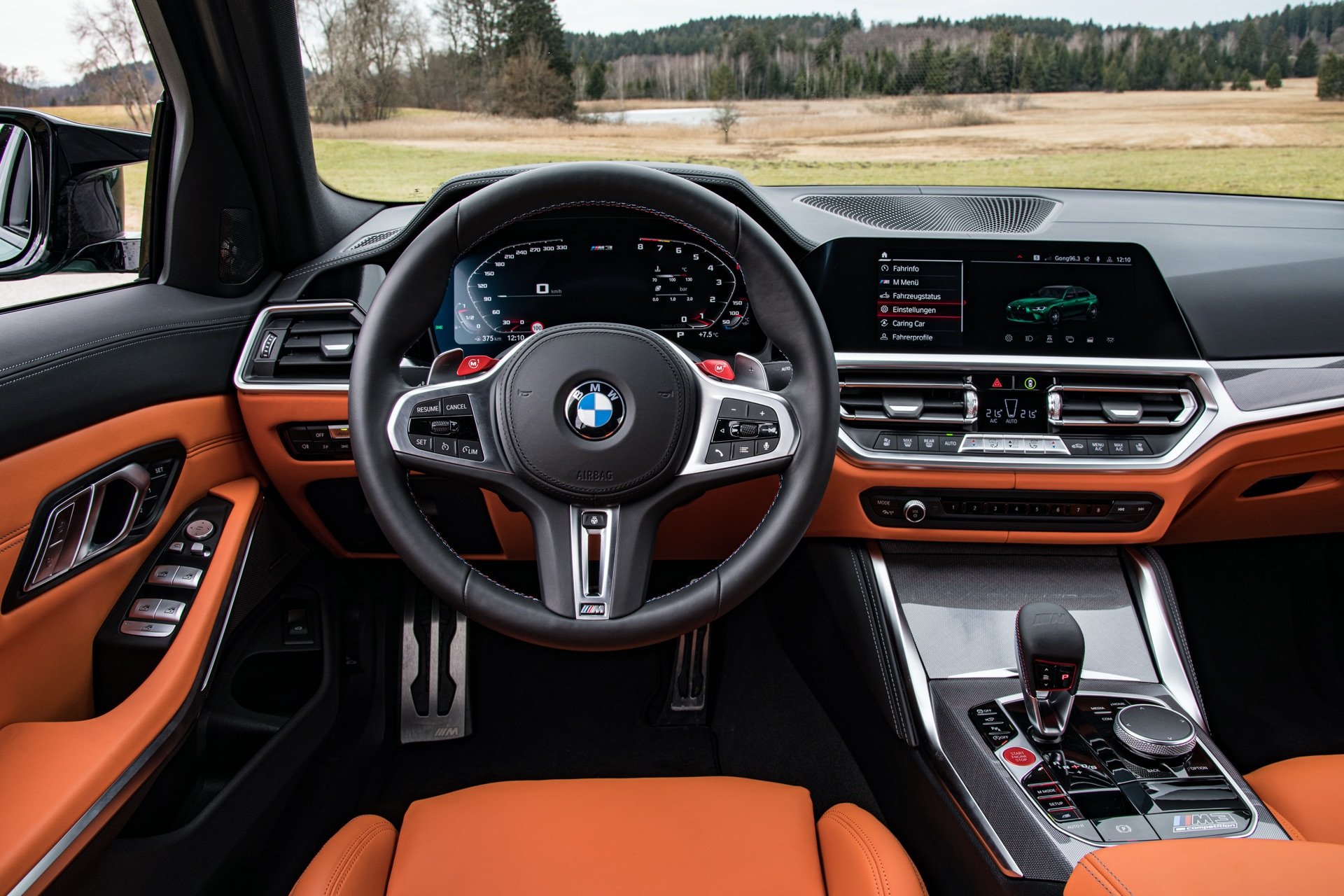 2022 BMW M3 steering wheel