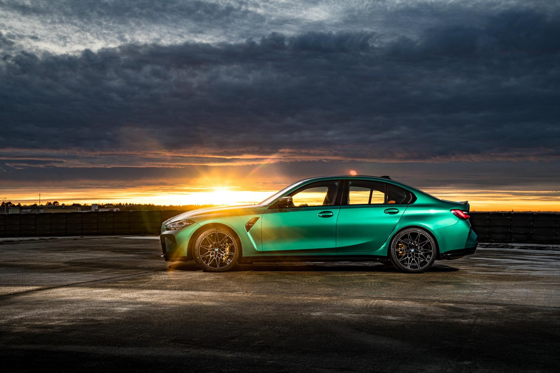 2022 BMW M3 side