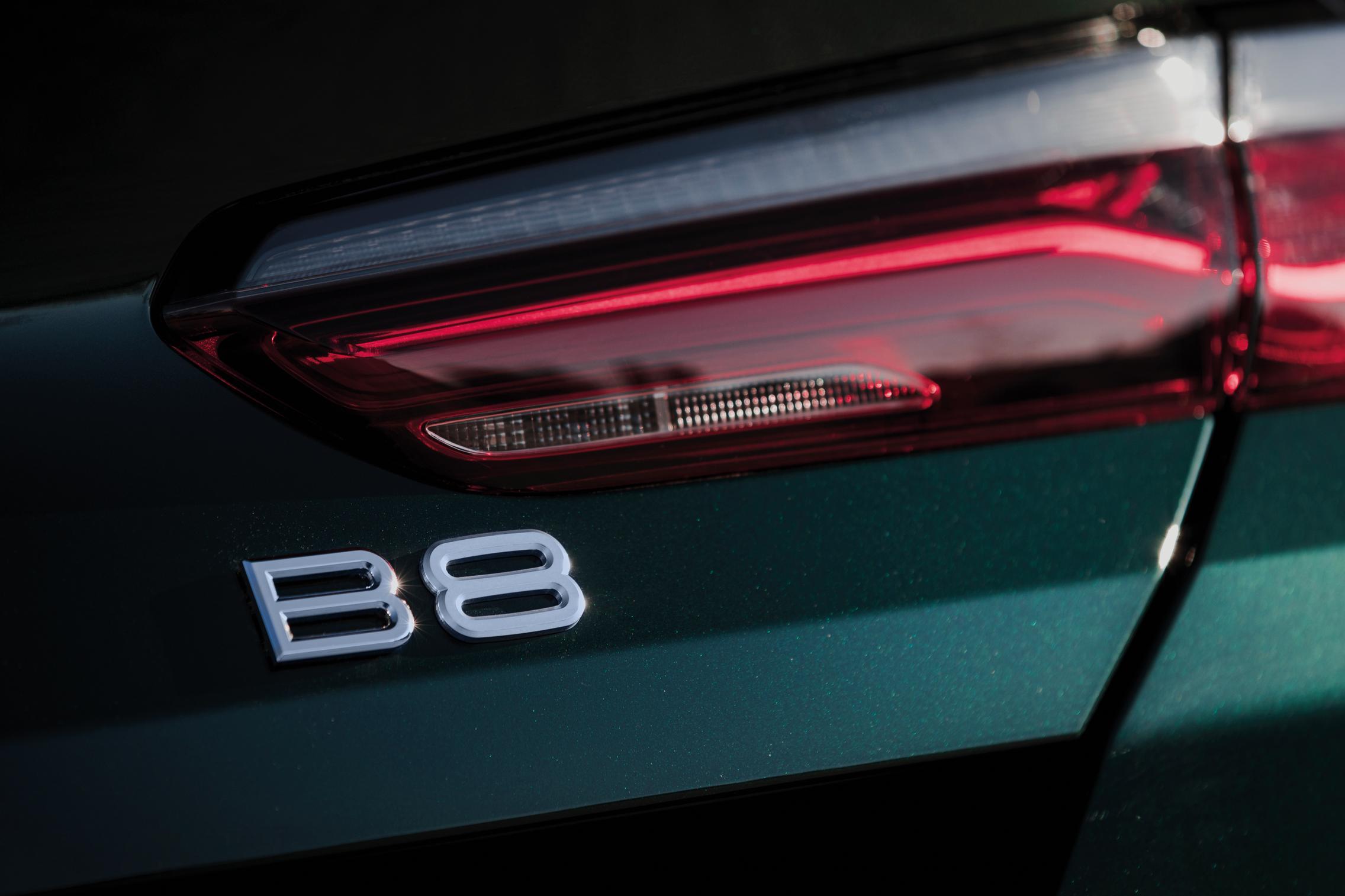 Alpina-B8-Badge