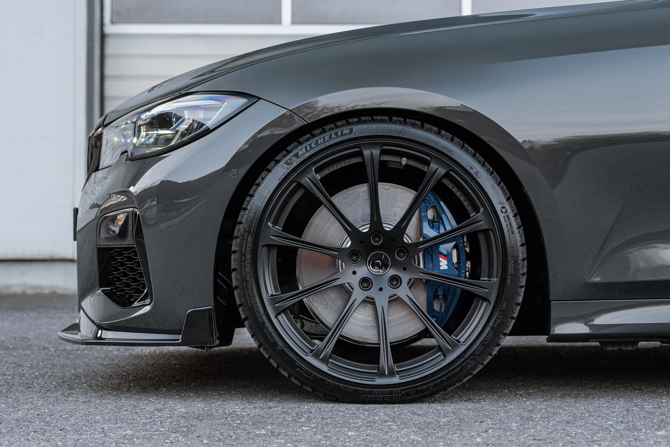 BMW M340i wheels