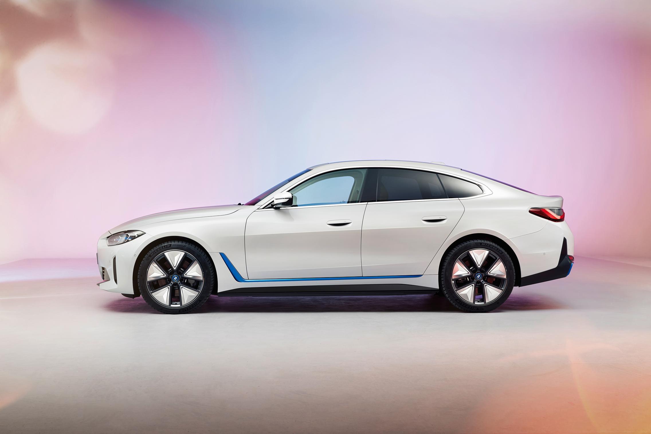 BMW i4 side
