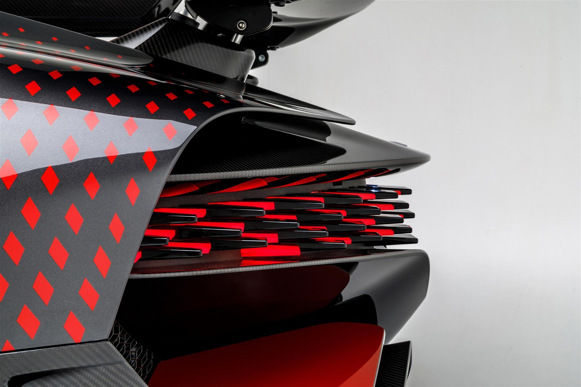 Bugatti Divo Lady Bug rear lights