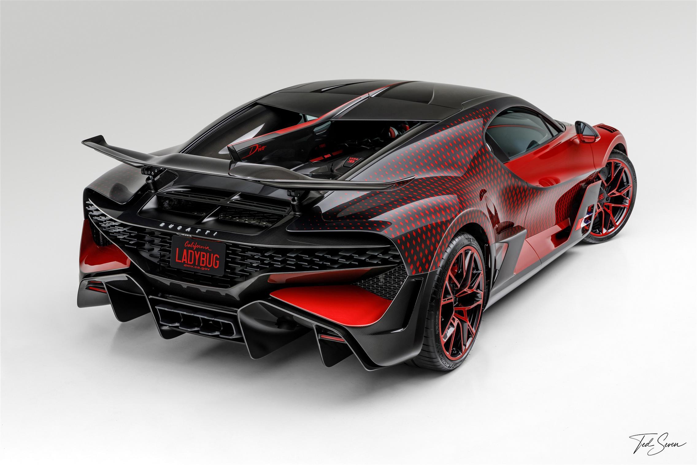 Bugatti Divo Lady Bug rear