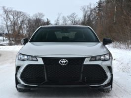 Toyota Avalon TRD front