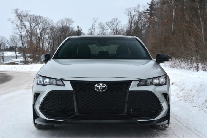 Toyota Avalon TRD front