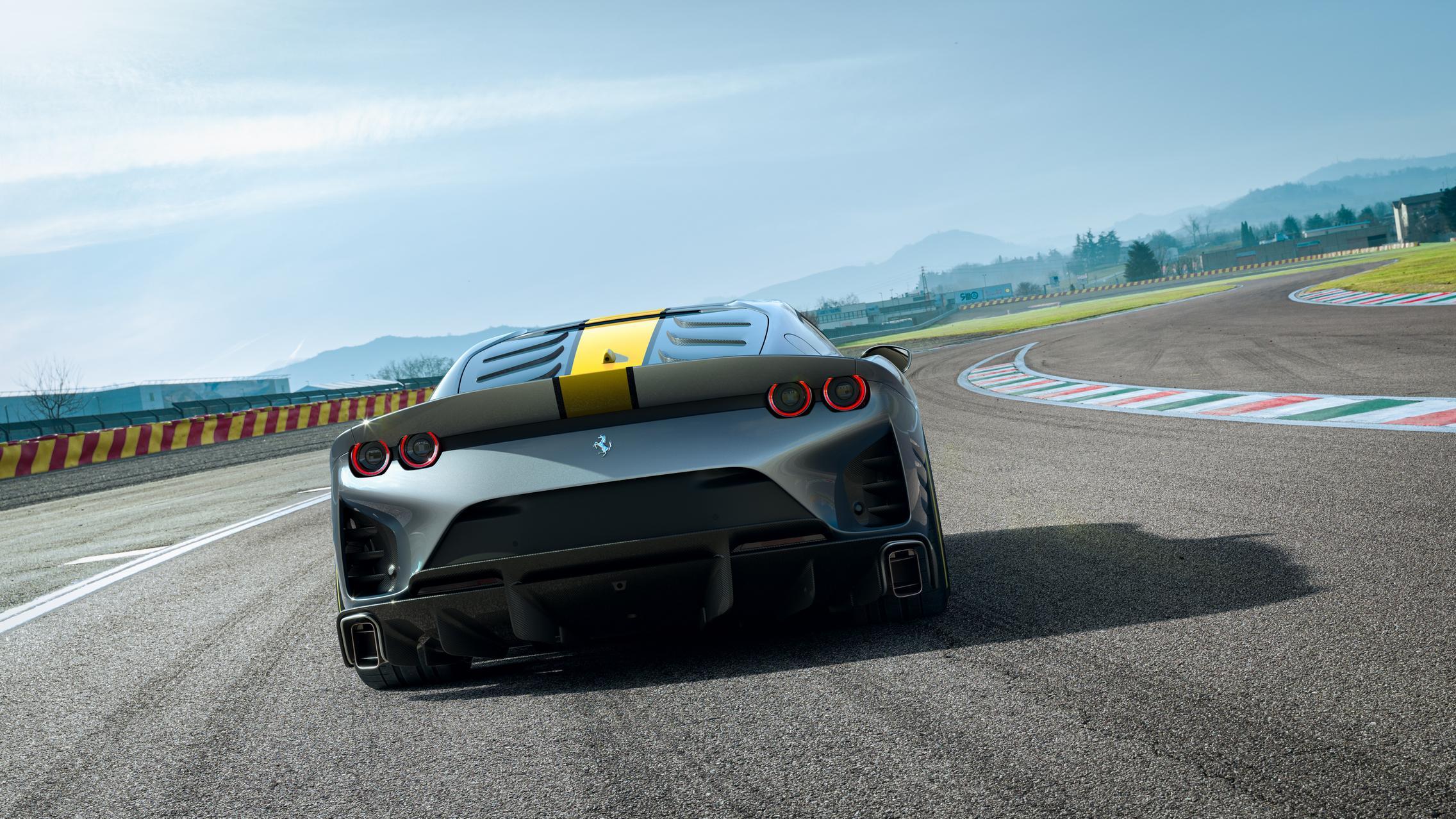 Ferrari 812 VS rear