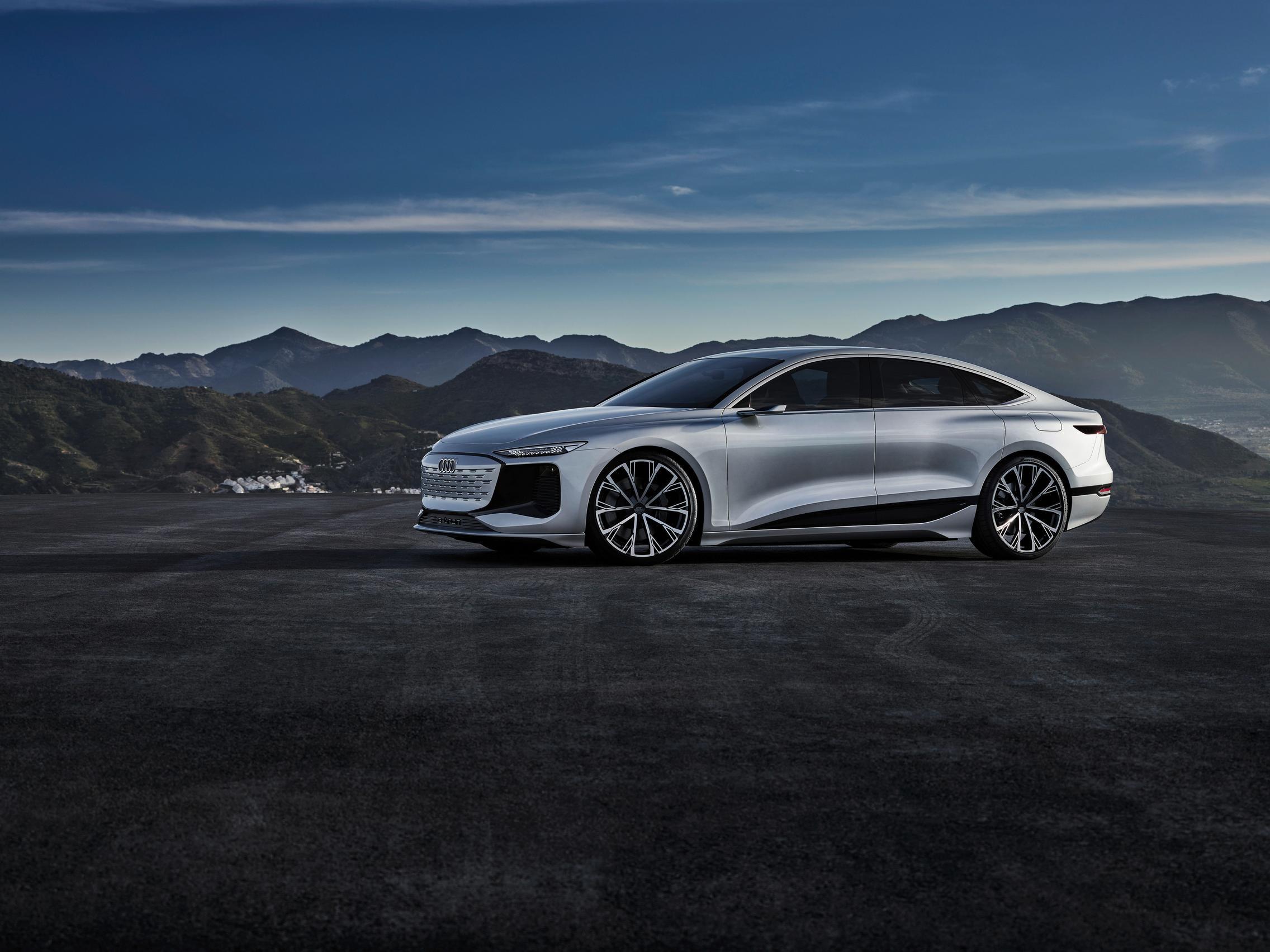 Audi A6 e-tron concept side