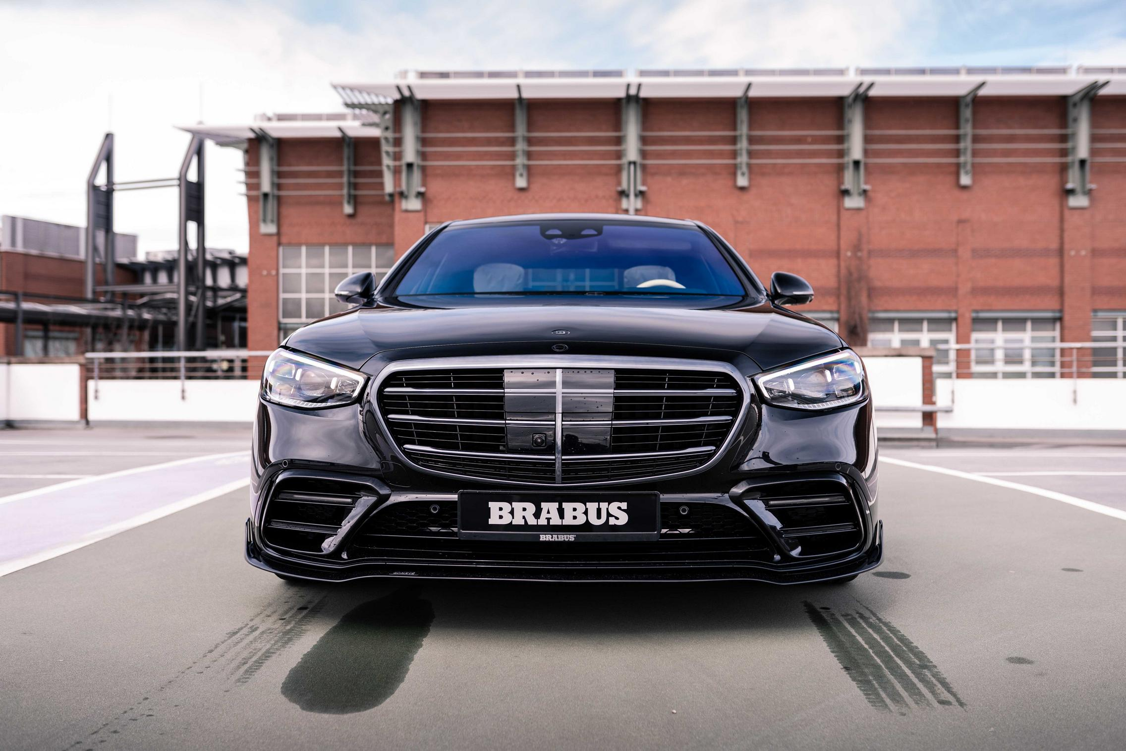 Brabus S-Class front grille