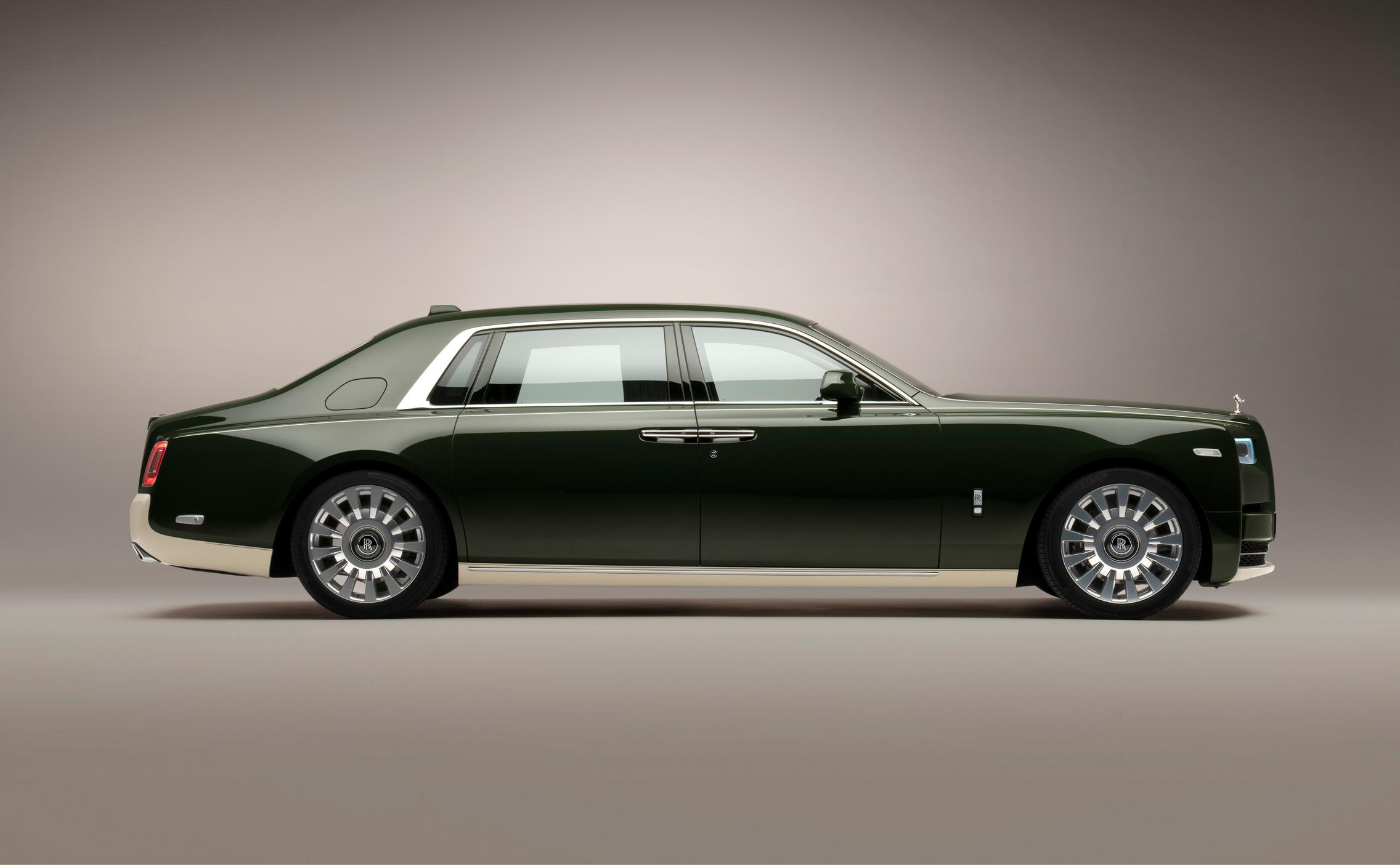 Hermes Rolls-Royce Phantom side
