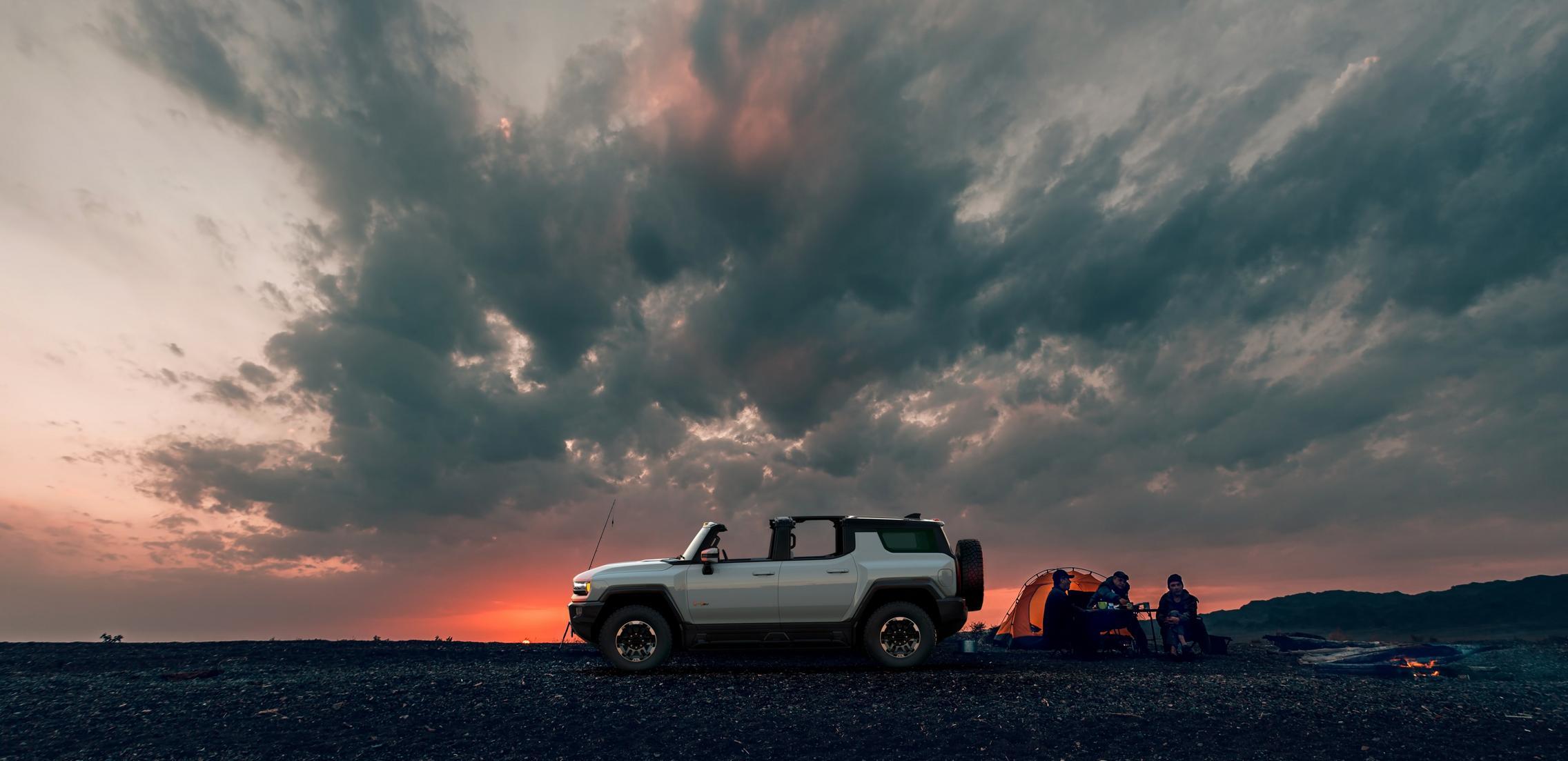 Hummer EV SUV desktop wallpaper