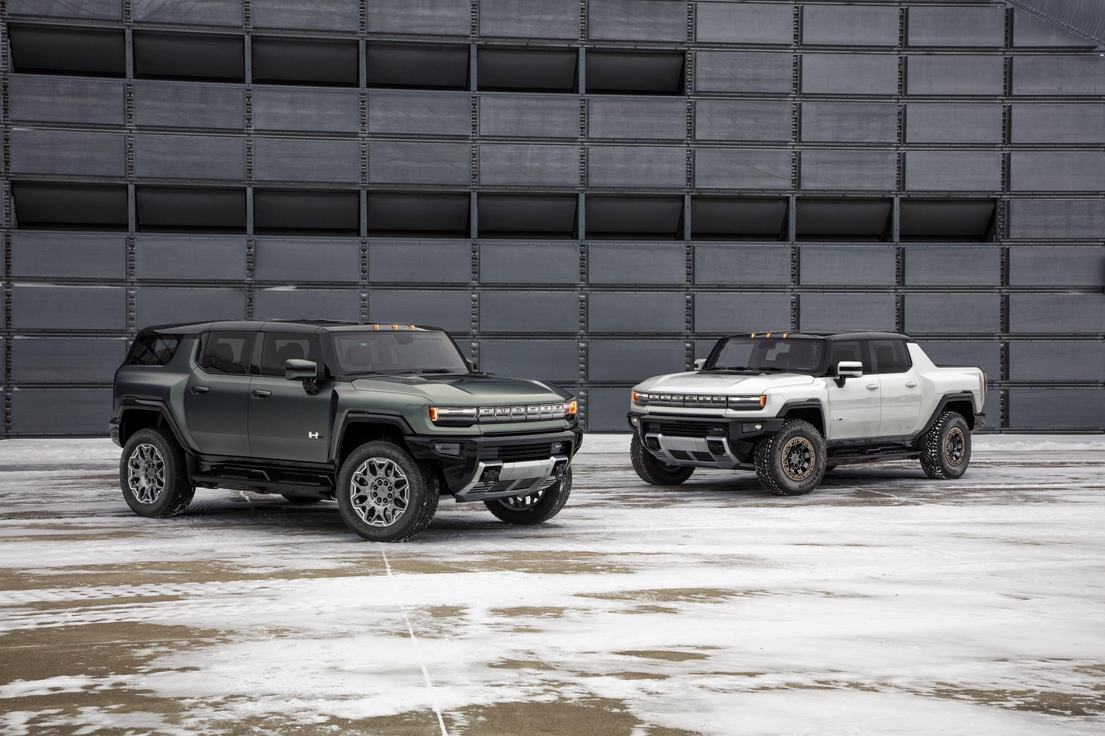 Hummer EV SUV vs Pickup