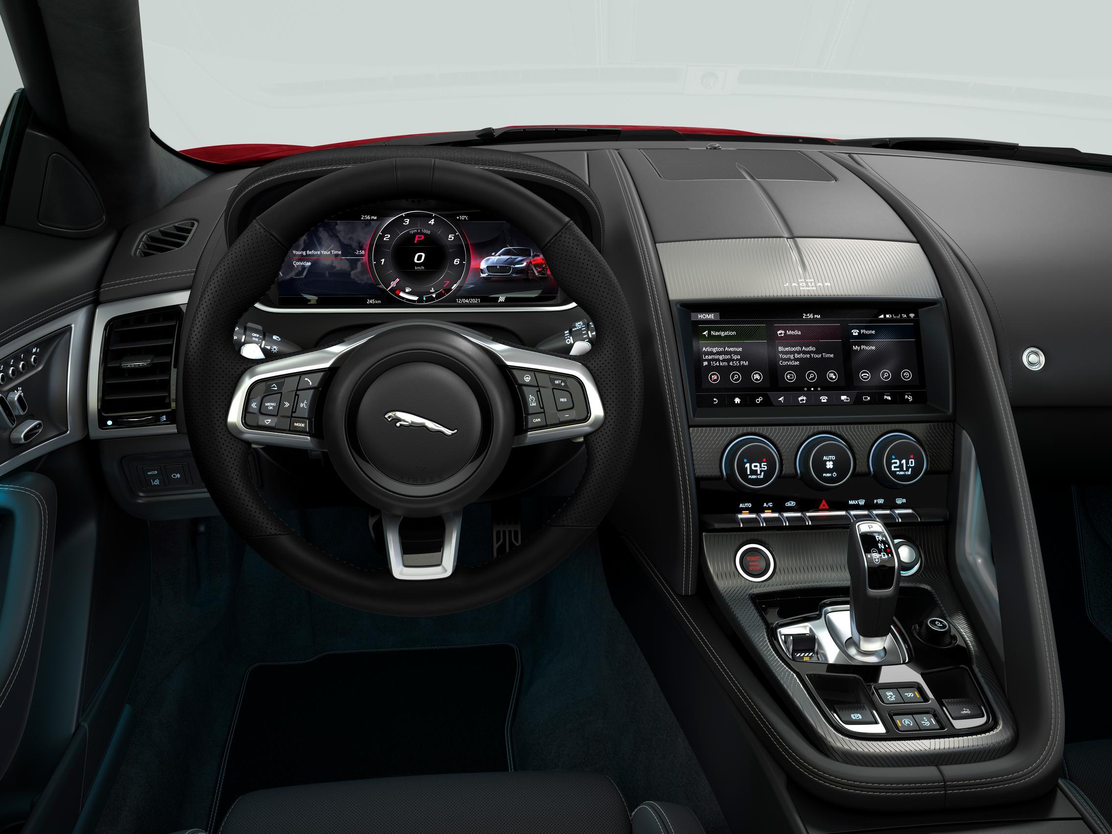 Jaguar F-Type P300 R-Dynamic interior